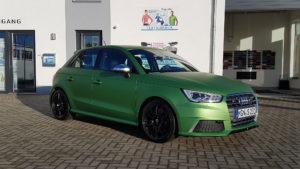 Audi S1 grün matt